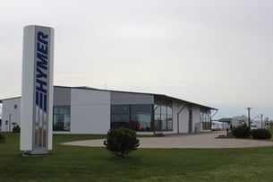Hymer Center i Ängelholm säljer husbilsmärkena Hymer och Carado.