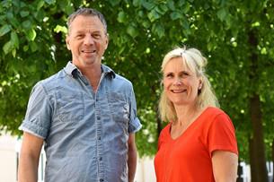 Projektledarna Johan Mellnäs och Lisa Markström ger sina bästa arbetsmiljötips för att varva ner inför semestern.