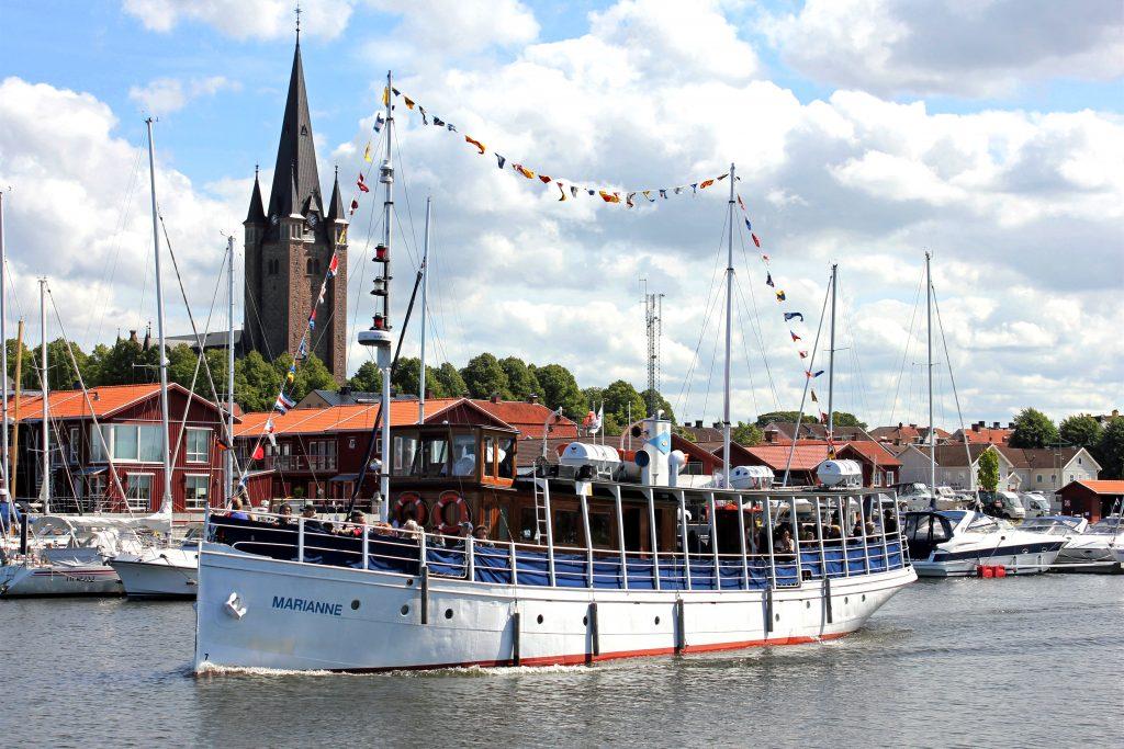 Fartyget M/S Marianne, byggd 1897, är ett av Vänerns äldsta passagerarfartyg.