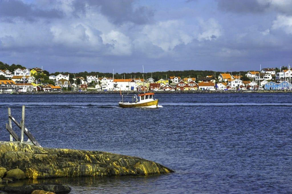 Öckerö kommun består av tio öar som är bebodda året runt.
