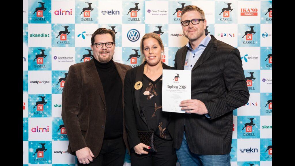 Skoklosters Husbilar & Husvagnar utsågs till Gasellföretag 2018. Vd Daniel Wetzenstein längs till höger.