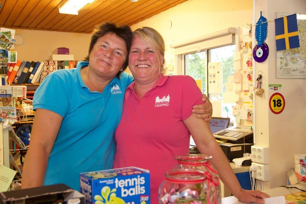 Ankie Manheij och Ann-Sofie Karlsson driver Mariefred camping.