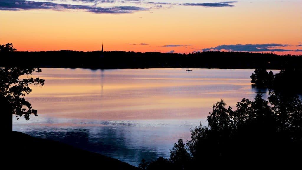 Solnedgång över Mariefreds Camping.