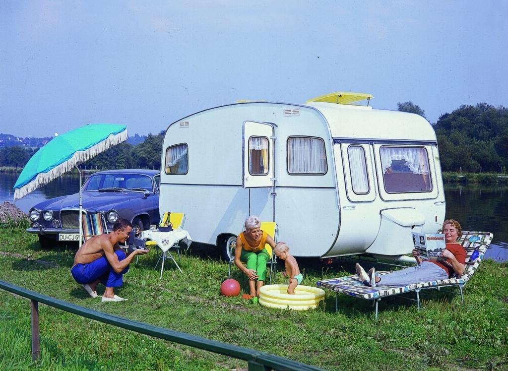 Dethleffs är en vanlig husvagnstillverkare på svenska campingar.