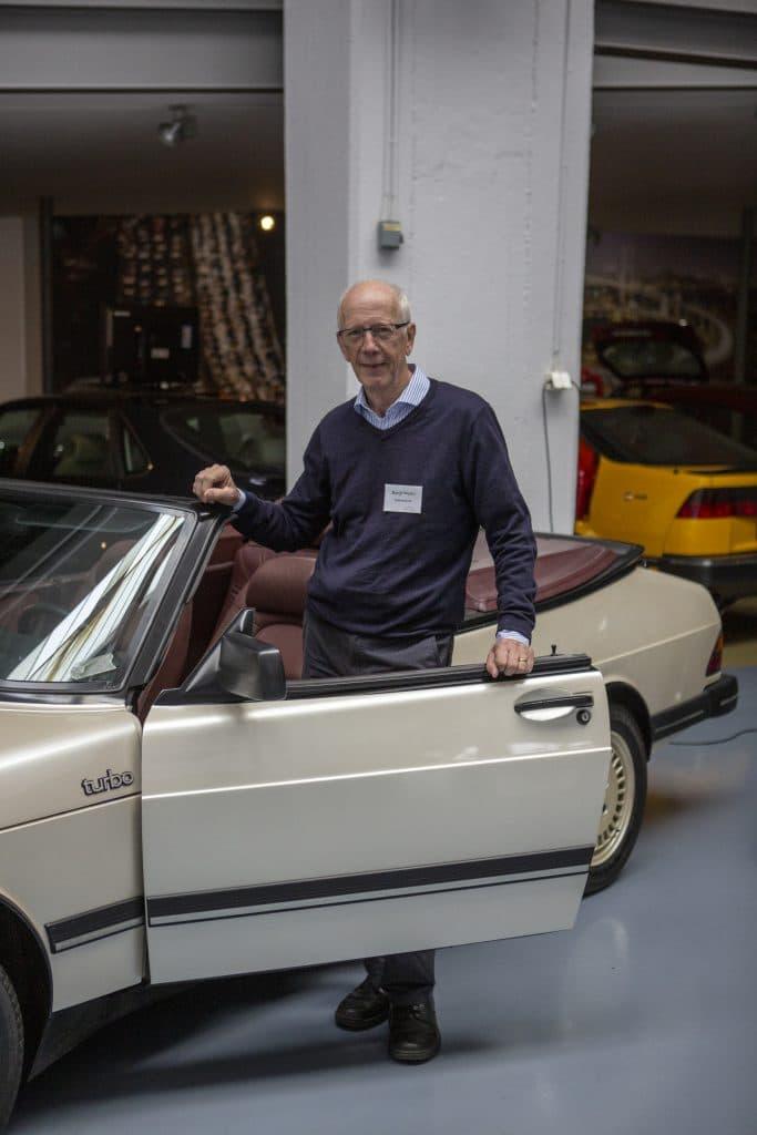 Bengt Wallin, pensionerad ingengör från SAAB, idag SAAB-veteran som kan svara på de flesta frågor besökana har.